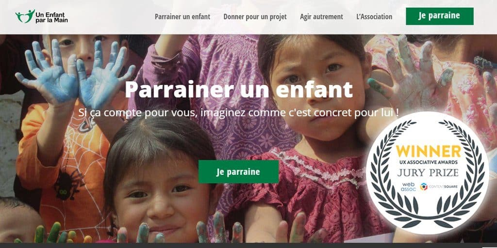 UX Associative Award Un enfant par la main